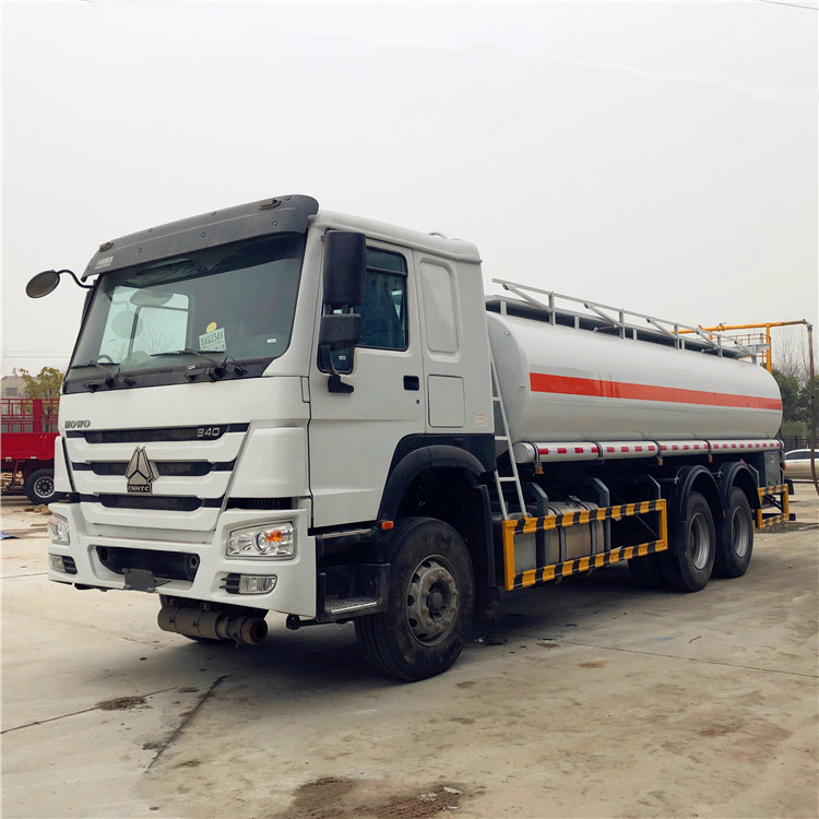 HOWO 6×4 20CBM Refueling Oil Tanker Vehicle 336HP 15001 - 30000L ISO9001